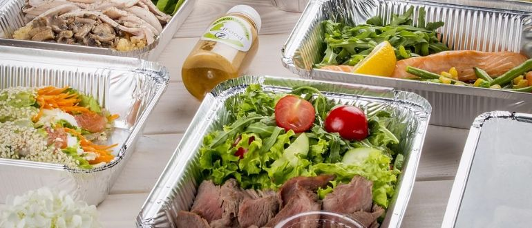Изготовление салатов